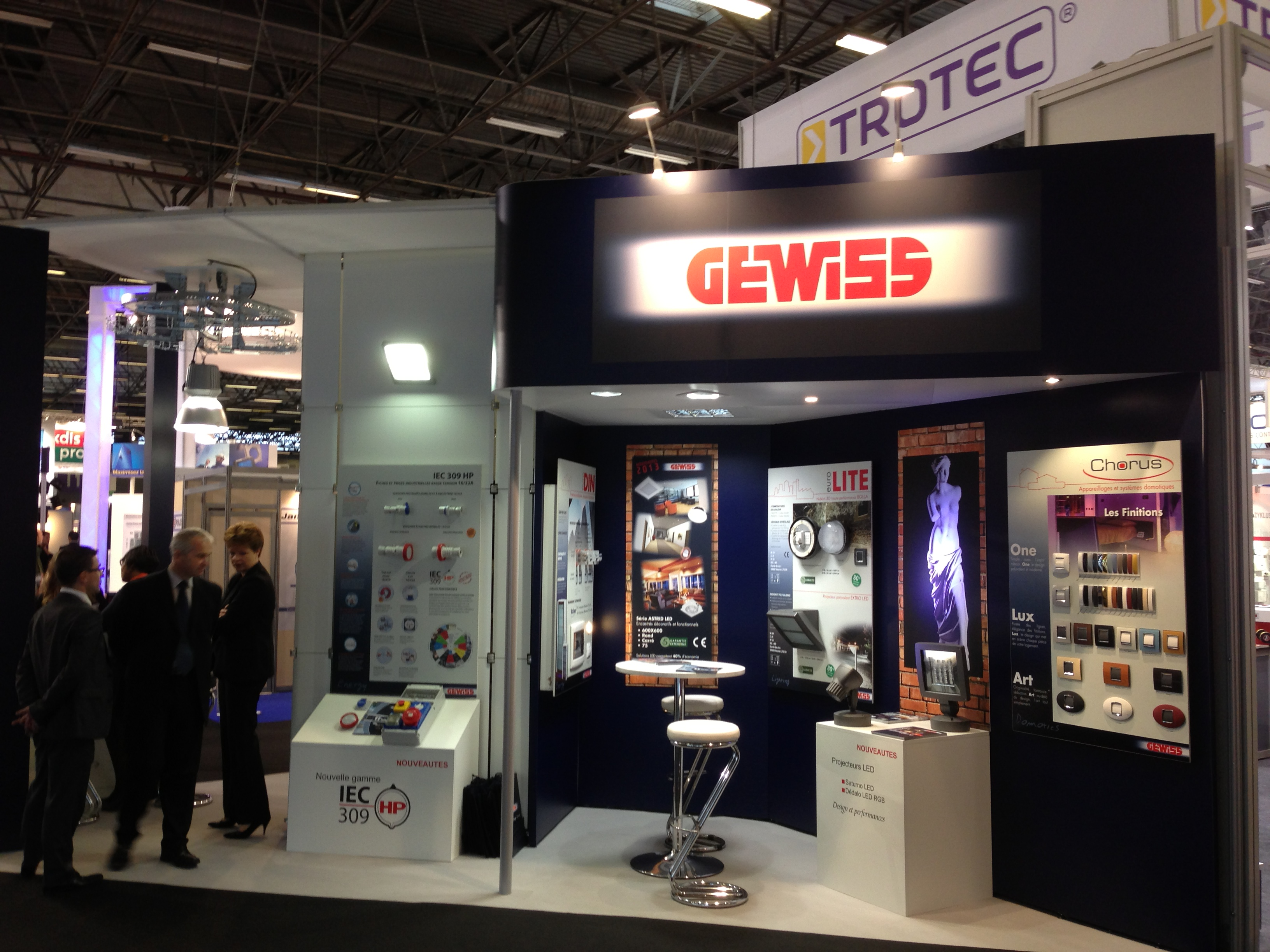 Stand modulaire gewiss stand acto co for Fabricant de stand pour salon