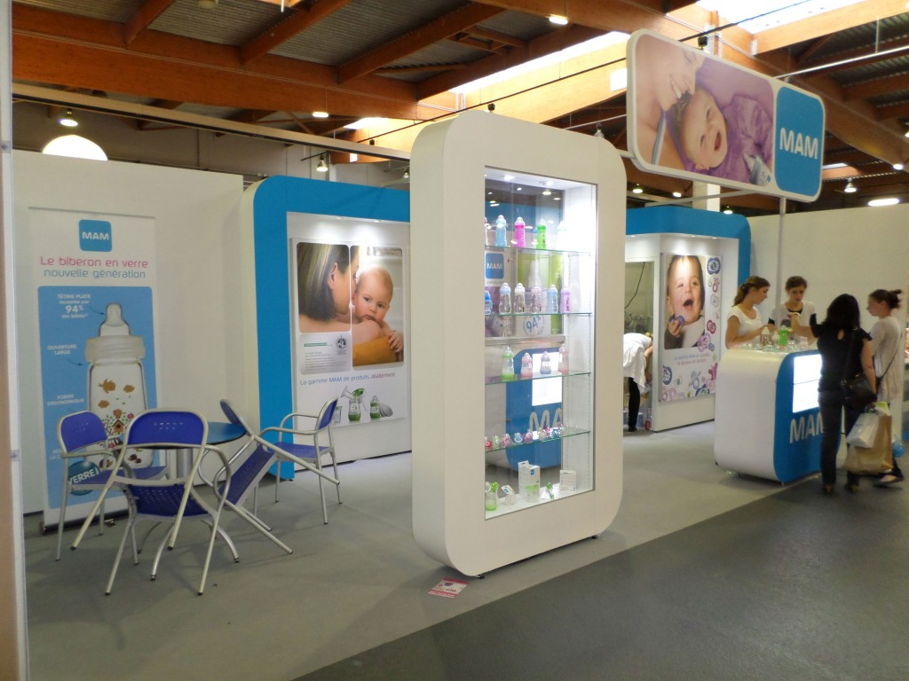 Stands modulables sur le salon baby stand acto co for Le salon baby