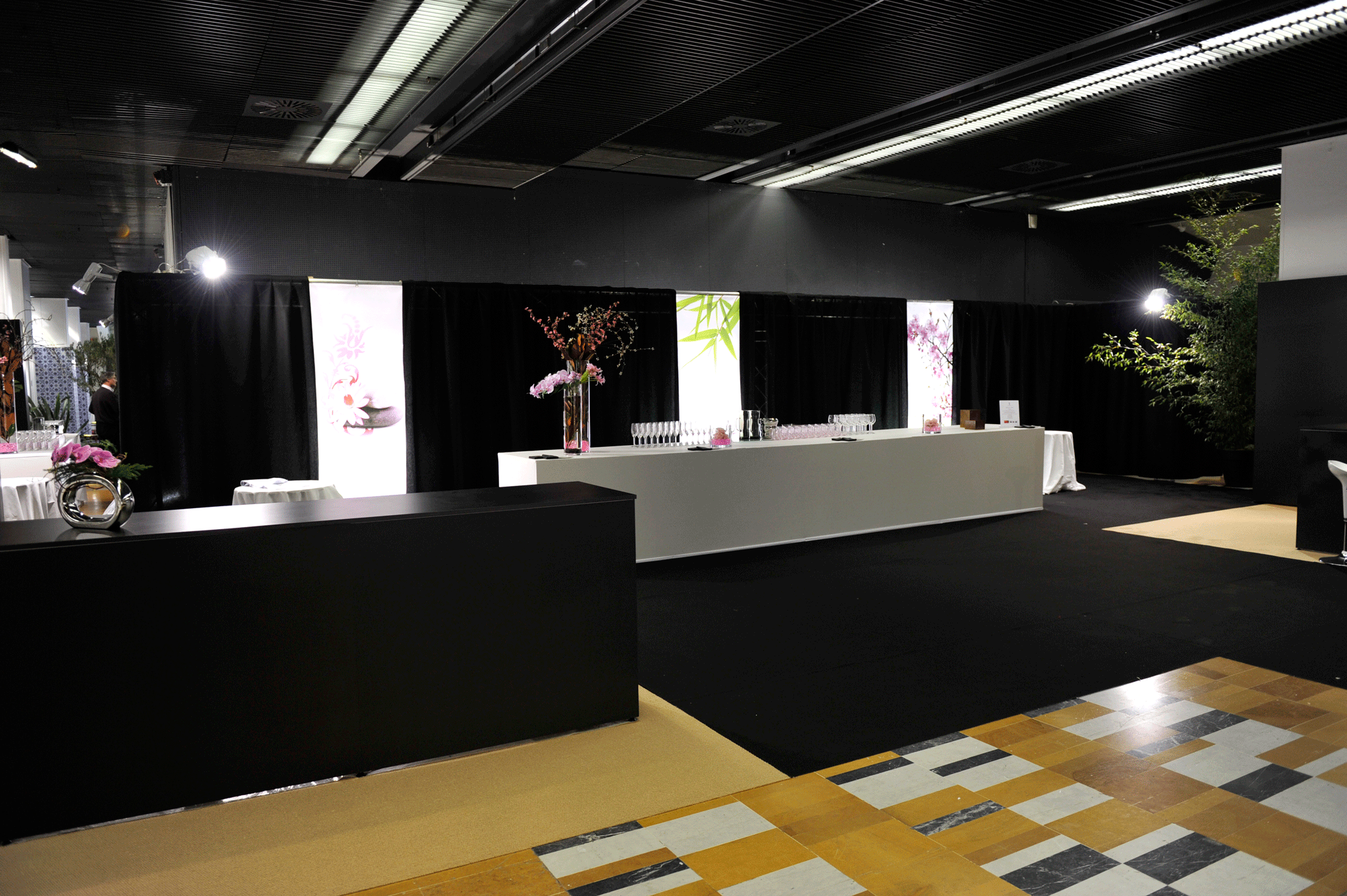 Evenementiel voeux total 10 stand acto co for Agencement de stand