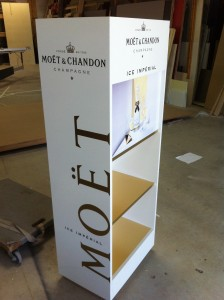 mobilier de presentation Moet & Chandon