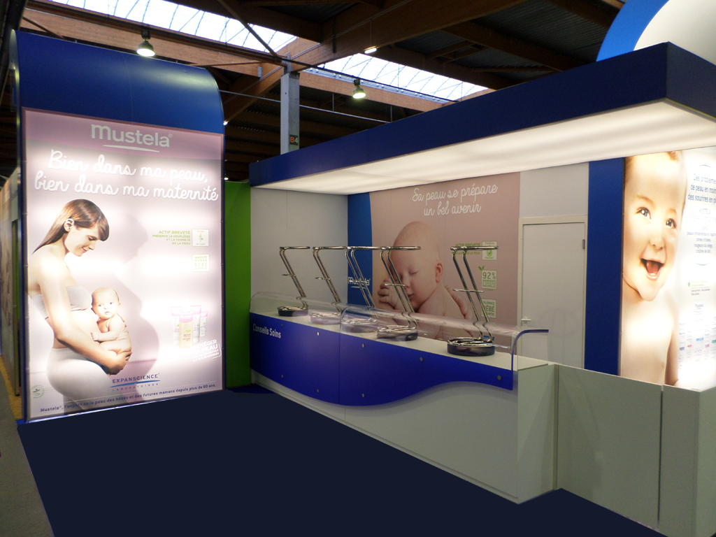 Stand Mustela Baby sept 2014 comptoirs